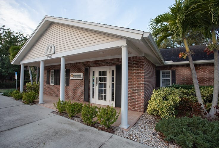 Front entrance of Fort Myers dental office